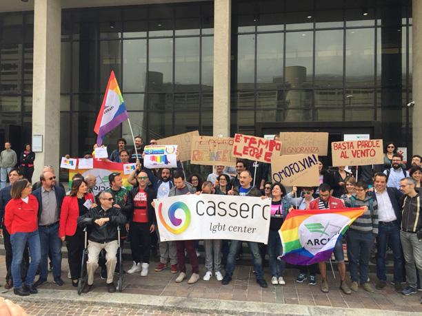 No all'odio contro le persone LGBTI: vogliamo la legge!